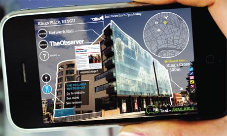 Ejemplo de aplicación que usa realidad aumentada para suministrar metainformación sobre un entorno físico